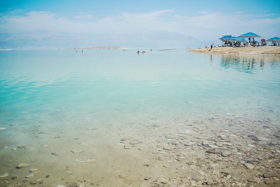 Totes Meer mit Blick auf Jordanien