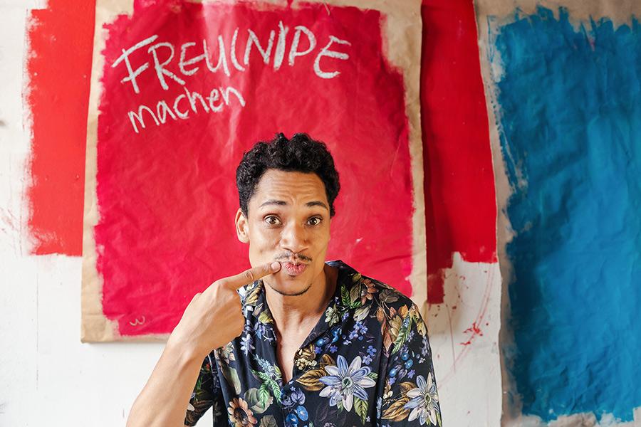 Gregorio Hernández - Sänger, Fresse zeigen statt Fresse halten