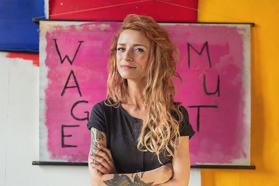 FRESSE ZEIGEN ANSTATT FRESSE HALTEN: Sarah Lesch